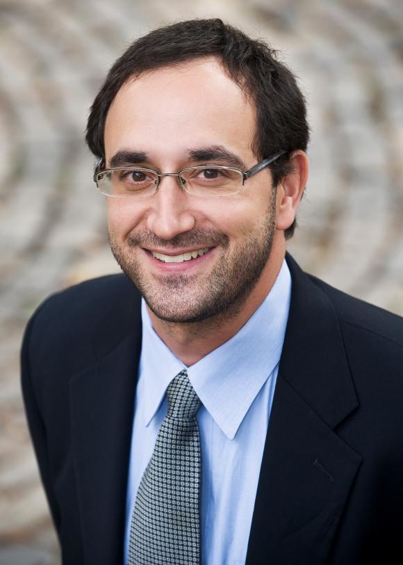 Michael Taub headshot