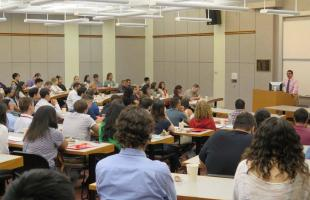 Vice Dean addresses new incoming students